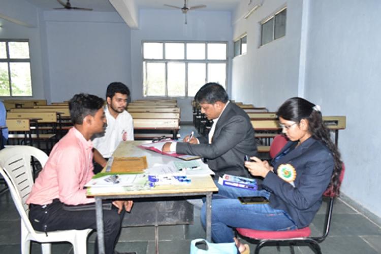 Participated in JOB Fair at KGIT, Savli
