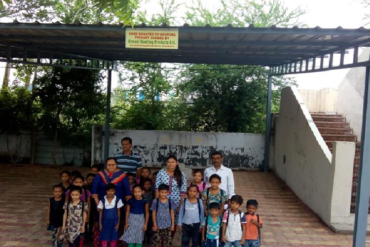Shed donation at Devpura Prathmik School, Devpura, Savli